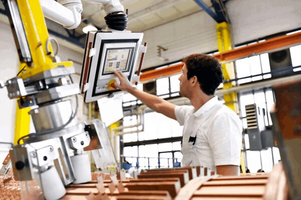 Automatic Core Machine Winding Operator
